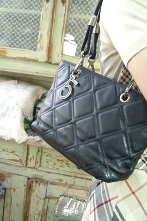 vintage  CHANEL leather number  5  bag
