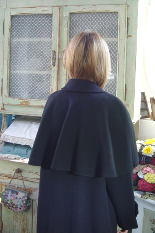 BLAck  cashmere  cape vintage coat