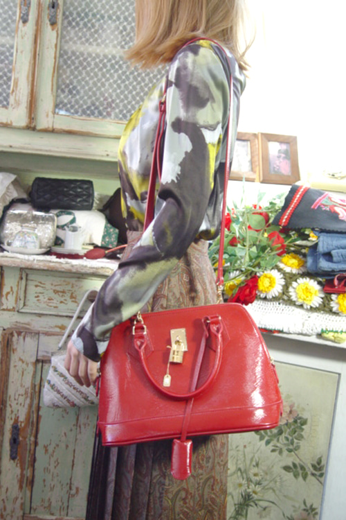vintage patent leather red BAG