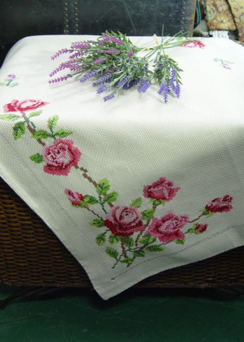 vintage  needlepoint  rose flower  fabric