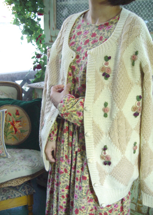 vintage gorgeous  overfit wool  knit cadigan