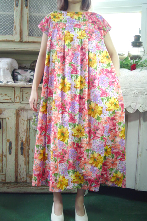 one summer night ...  paradise  vintage  dress
