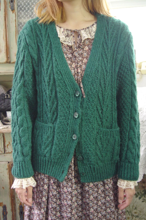 vintagegreen gorgeous knit cadigan