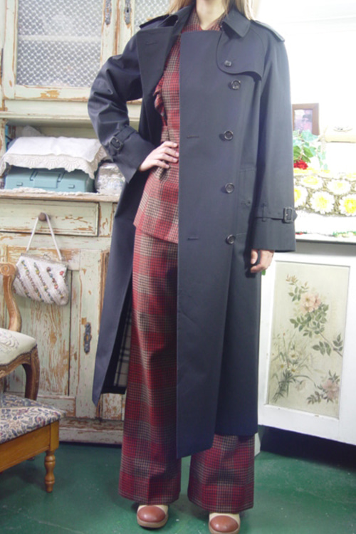 classic BURBERRY   double  blackNAVY   trenchcoat (london )
