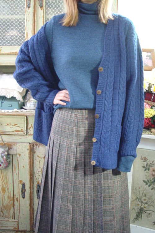bluegreen  wool knit cadigan