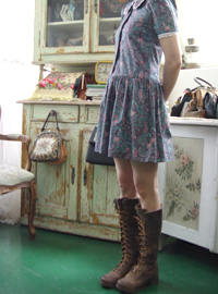 My,,  Antique Barbie  GUNNE !! (usa)