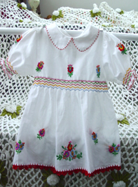 Baby embroidery  dress ((USA)