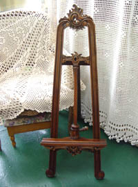 Romantic french mahogany vintage easel