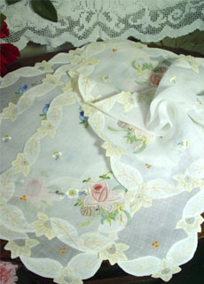 vintage embroidery table  fabric 4 EA  (USA)