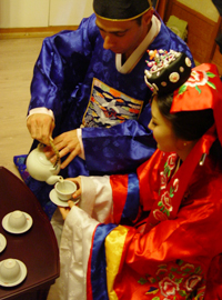 Korean traditional Wedding (pyebaek)