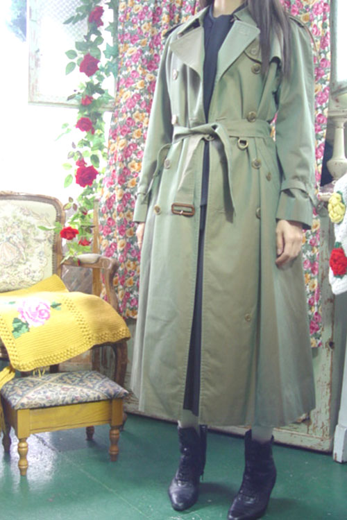 everyday classic BURBERRY trenchcoat ( 카키그린)